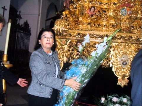 Entrega floral PP a Ntra Sra de las  Angustía 2011