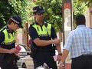 LA POLICÍA LOCAL PONE EN EL FIN DE SEMANA 30 SANCIONES POR NO LLEVAR MASCARILLAS