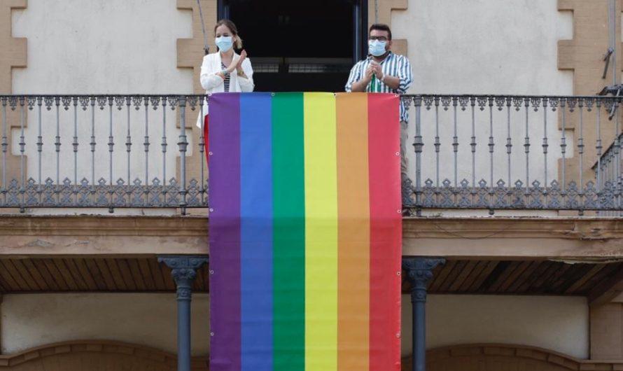 APOYO INSTITUCIONAL AL COLECTIVO LGTBI Los grupos políticos han participado en la realización de un manifiesto