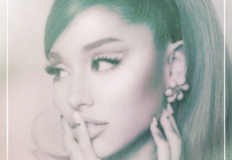 'Positions' de Ariana Grande sigue liderando las ventas de álbumes en Estados Unidos