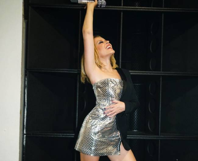Kylie Minogue continúa presentando en directo las canciones de 'Disco'