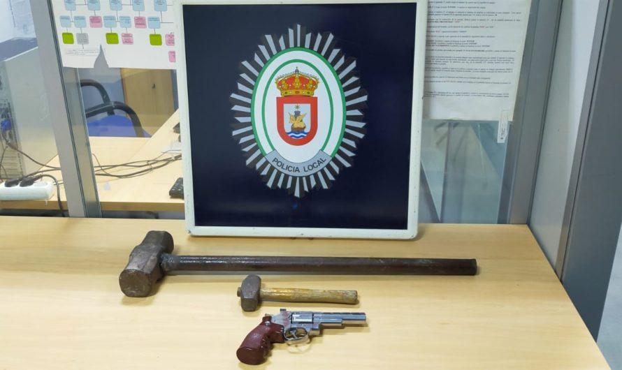 DETENIDO POR DELITO CONTRA LA SEGURIDAD DEL TRÁFICO E INCUMPLIR EL TOQUE DE QUEDA